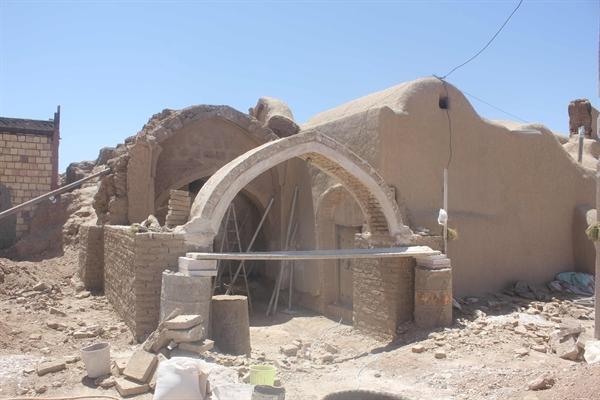 مرمت خانه کلانتر بسطاق در شهرستان سرایان