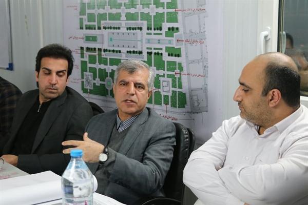 بازدید مدیرکل میراث فرهنگی خراسان رضوی و شهردار مشهد از پروژه بازپیرایی جلو خان آرامگاه فردوسی