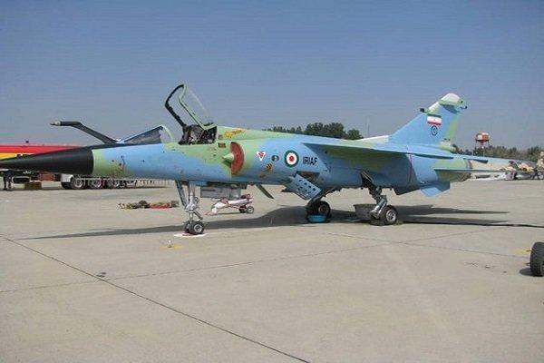 دو فروند هواپیمای میراژ و اف 5 بازآماد شدند