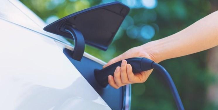 توقف فروش خودروهای بنزین سوز در یک استان کانادا