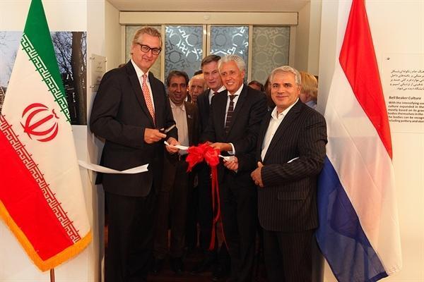 نمایشگاه باستان شناسی و هنر سرزمین هلند به روایت موزه درنتس افتتاح شد