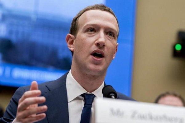 کوشش مجلس انگلیس و کانادا برای بازخواست مدیر فیس بوک