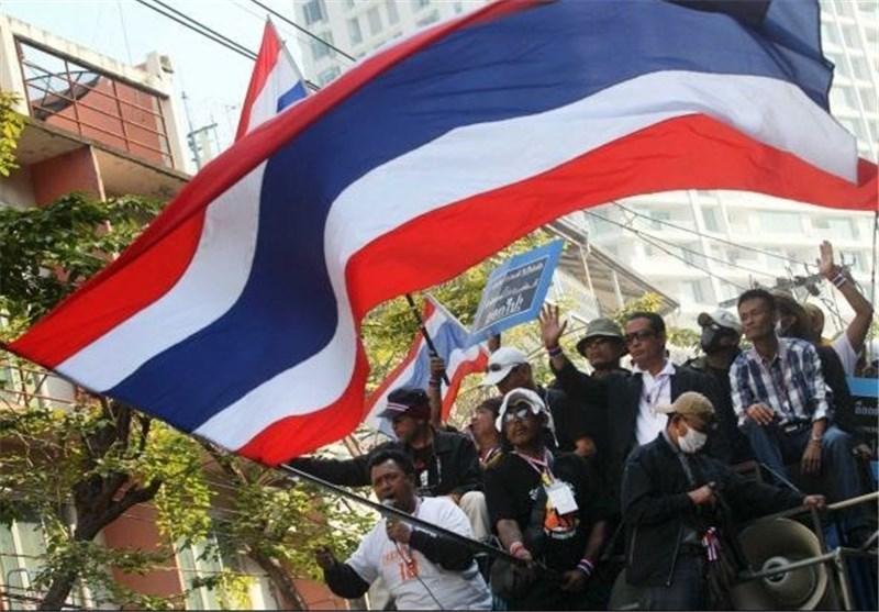 تظاهرات لباس قرمزها در حمایت از نخست وزیر تایلند