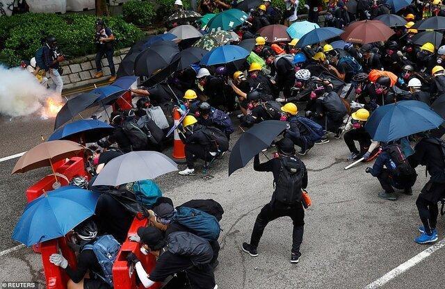 واکنش چین به پیشنهاد نامزد کردن مردم هنگ کنگ برای جایزه صلح نوبل