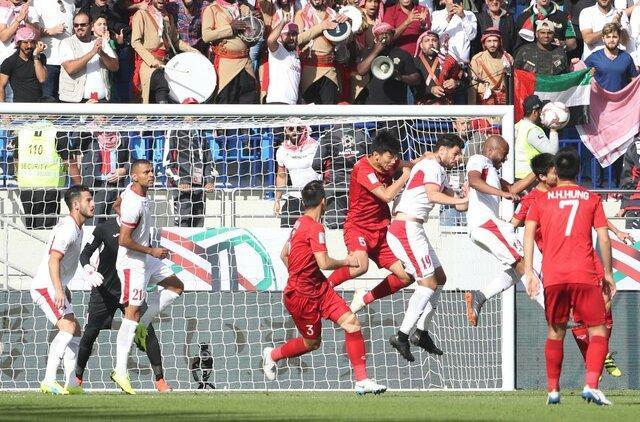 اولین شگفتی مرحله حذفی جام ملت های آسیا، اردن به ویتنام باخت و حذف شد
