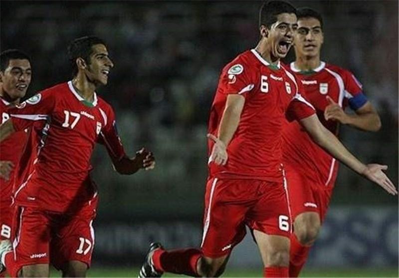 عزت اللهی: امیدوارم به بازی با تایلند برسم، با پخش زنده بازی روحیه می گیریم