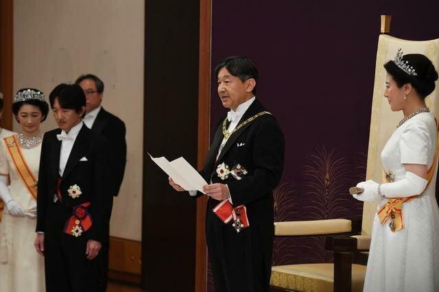 مراسم تاج گذاری امپراتور جدید ژاپن در کاخ امپراتوری