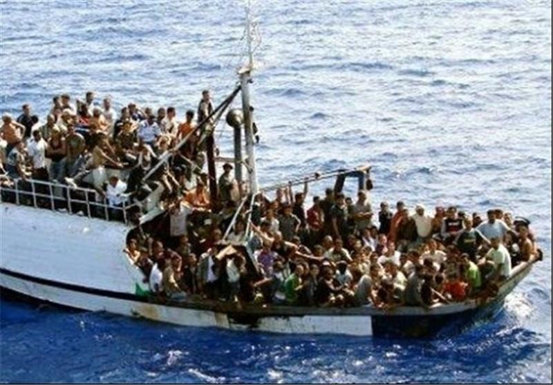 گارد ساحلی ایتالیا 3 هزار مهاجر را در آبهای این کشور نجات داد