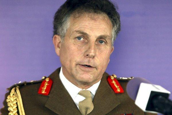 فرمانده ارتش انگلیس: داعش هنوز به طور کامل شکست نخورده است