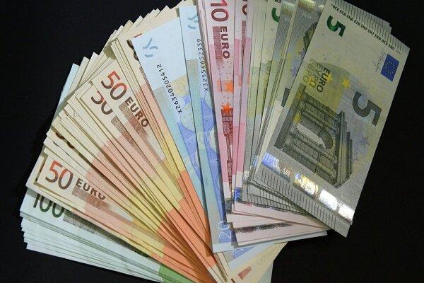 نرخ رسمی یورو و پوند افزایش یافت ، کاهش قیمت 14 ارز ملی