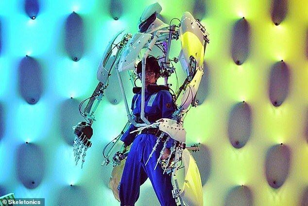 اسکلتی که انسان را به روبات تبدیل می کند