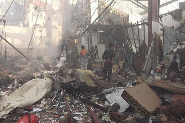 حملات گسترده متجاوزان سعودی به مناطق مسکونی در الحدیده یمن