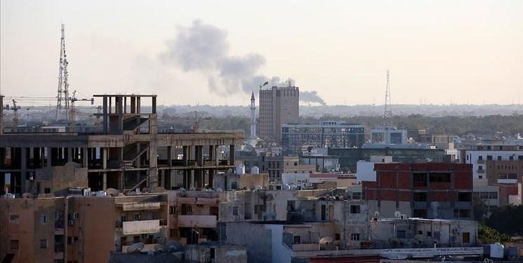 حمله موشکی نیروهای حفتر به فرودگاه معیتیقه در طرابلس