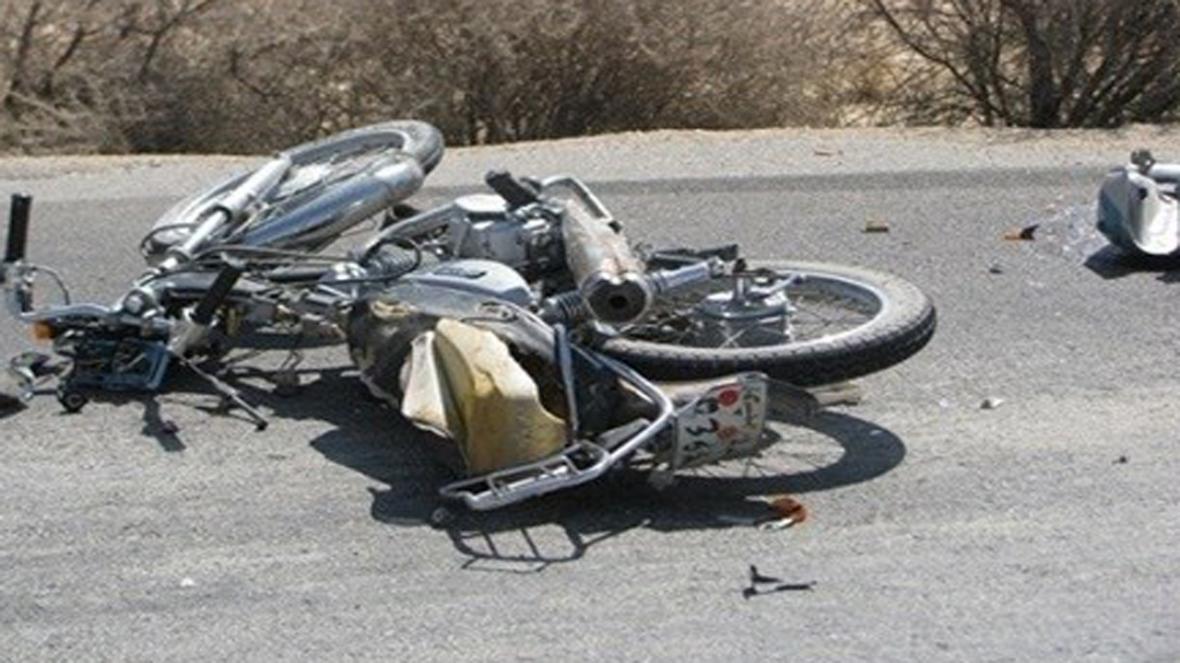 یک کشته و 2 مجروح در واژگونی موتورسیکلت