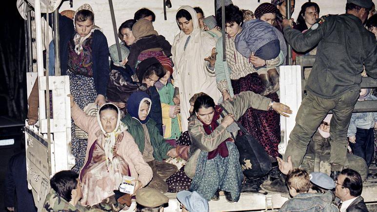 سازمان ملل مردم سربرنیتسا را بی یاور رها کرد