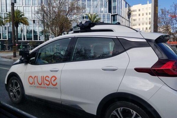 مایکروسافت خودروی خودران می سازد
