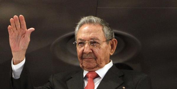 کاسترو از ریاست حزب کمونیست کوبا استعفا می دهد