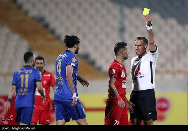 میرزابیگی: فدراسیون فوتبال به مسئله اعتراض بازیکنان به داوران ورود کند، سرمربیان روی اعصاب داوران هستند